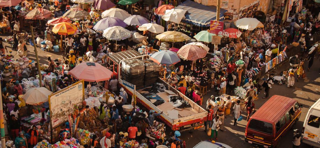 Markttreiben in Accra